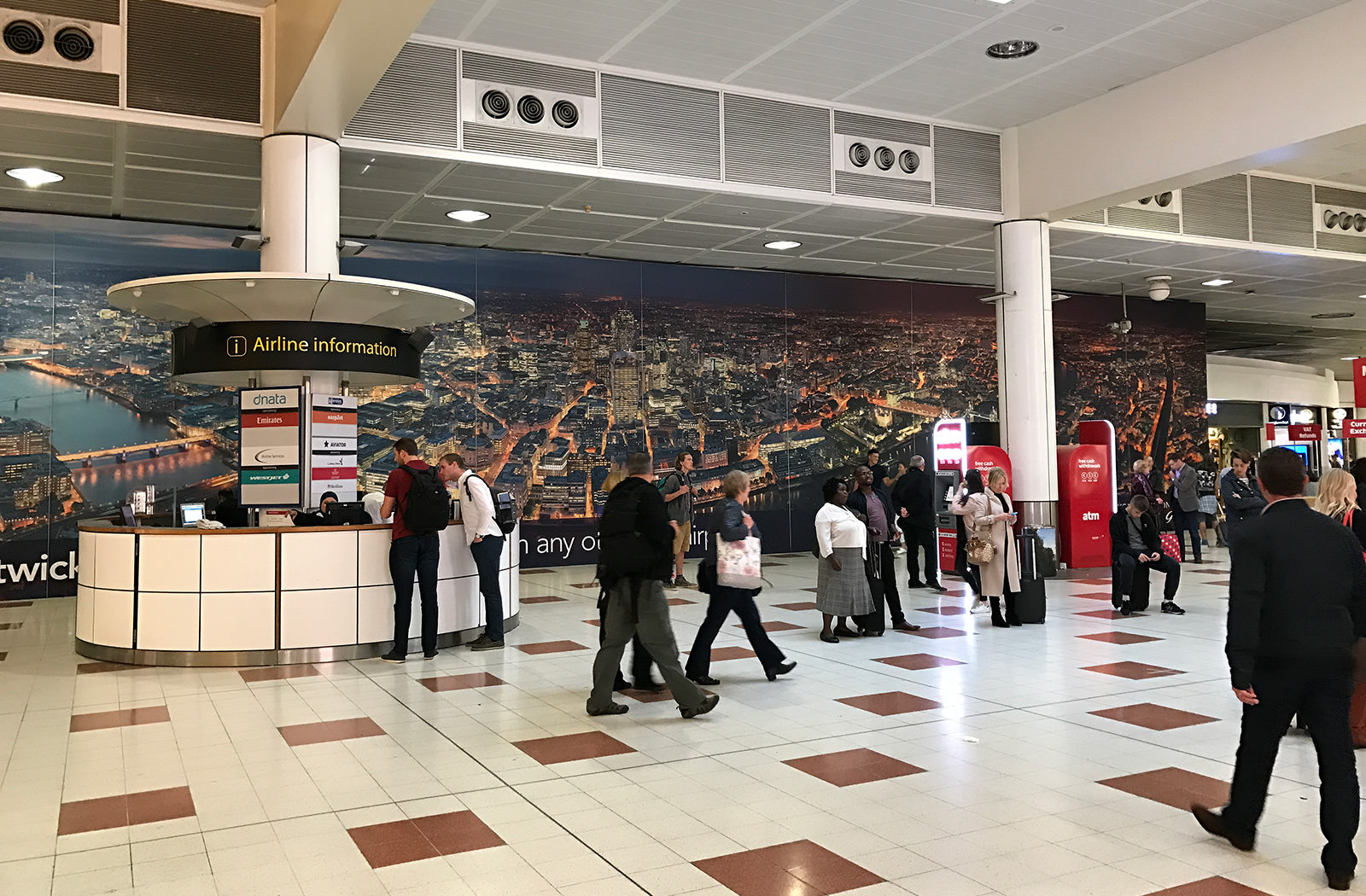 Large Scale Panorama at Gatwick Airport