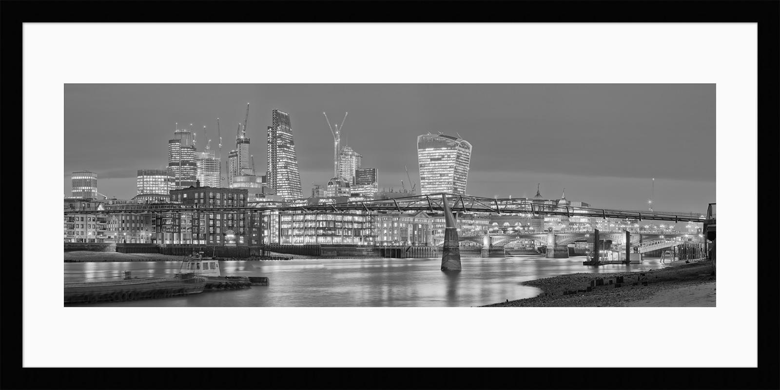 Low Tide at Millennium Bridge - Will Pearson Framed Fine Art Photographic Print